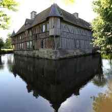 Karkasine_pilis_Coupesarte_Manor_Normandy_France